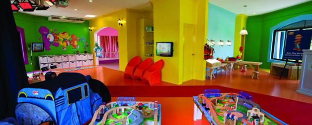 Family Amp Kids Activities At Hard Rock Hotel Riviera Maya Tropical Nights